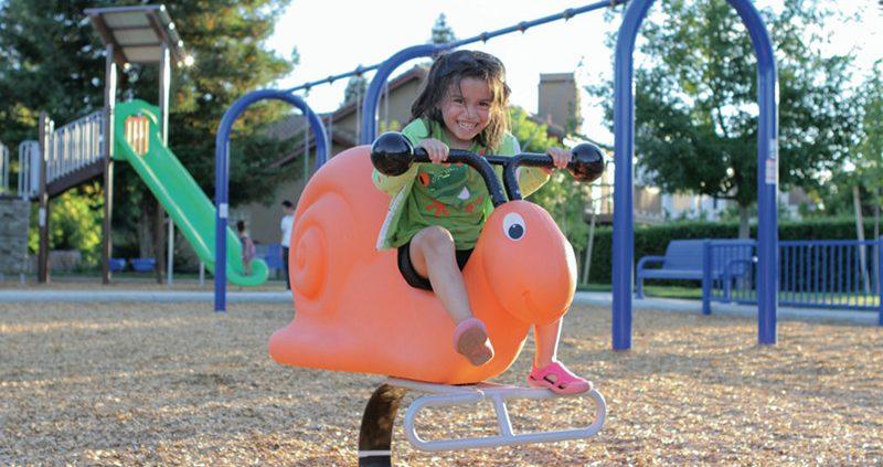 Lola the Snail M00000963